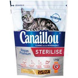Croquettes riches en boeuf et en blé pour chats stér...