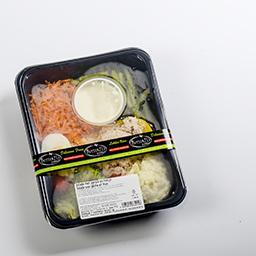 Salade avec pêche et thon