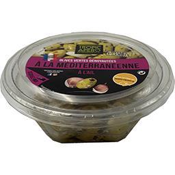 Olives vertes dénoyautées à la méditerranéenne à l'a...