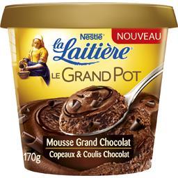 Mousse au chocolat, copeaux et coulis de chocolat