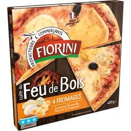Pizza cuite au feu de bois 4 fromages
