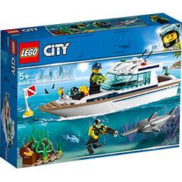City - Le yacht de plongé