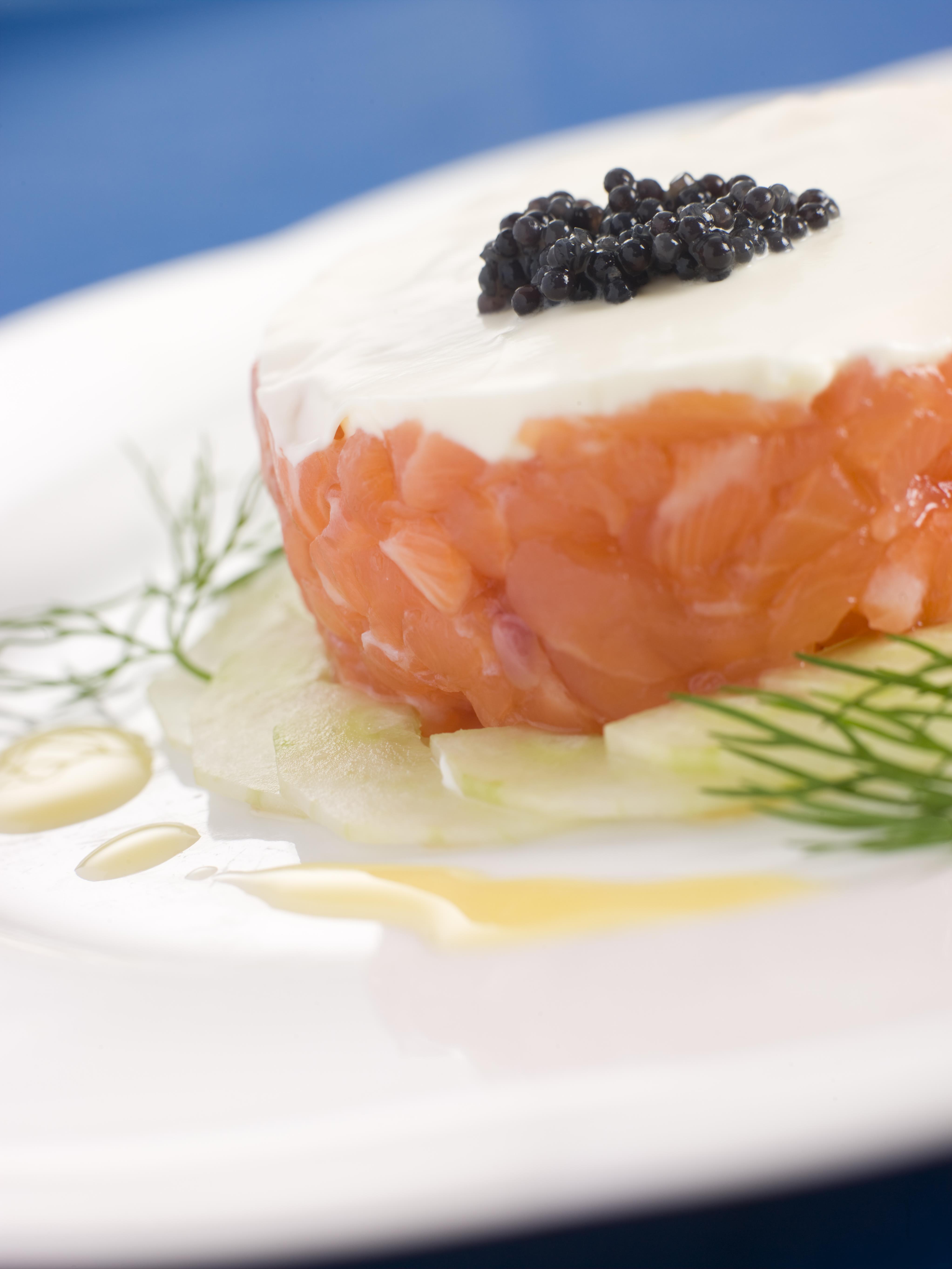 Tartare de saumon wakamé