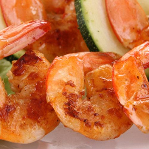 Brochettes de crevettes pommes carottes