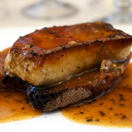 Foie gras poêlé sur tartelette tatin