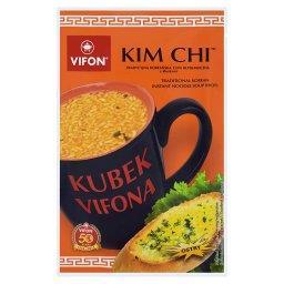 Kubek a Kim Chi Tradycyjna koreańska zupa błyskawiczna z kluskami ostra