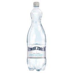 Woda źródlana lekko gazowana