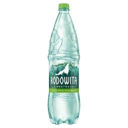 Naturalna woda mineralna delikatnie gazowana 1,5 l
