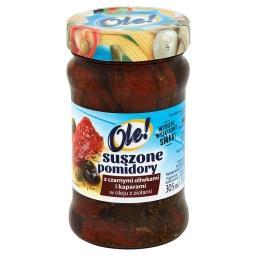 Suszone pomidory z czarnymi oliwkami i kaparami w ol...