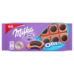 Oreo Ciastka kakaowe i nadzienie mleczne o smaku waniliowym na czekoladzie mlecznej