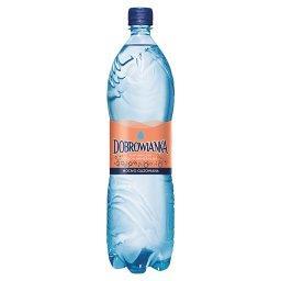 Naturalna woda mineralna mocno gazowana 1,5 l