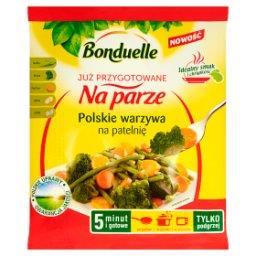 Już przygotowane na parze Polskie warzywa na patelnię