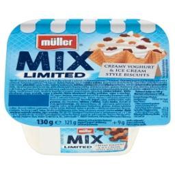 Mix Jogurt słodzony z mieszanką kruszonych wafli i wafli w polewie kakaowej