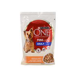 Comida húmida para cão em saquetas com frango, cenou...