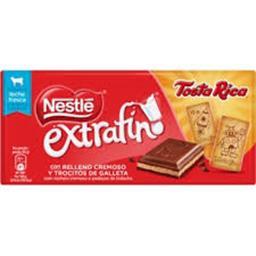 Chocolate de leite recheio cremoso e pedaços de bola...