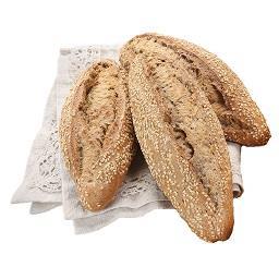 Pão de centeio e sesamo
