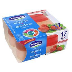 Iogurte magro + gelatina morango